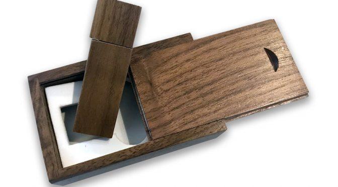 FORESTA - Chiavetta USB in legno 16GB